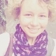 Anna B., 28, Bloggerin und Wohlfühl-Coach, Spezialistin für Selbsterkenntnis, Menschenkenntnis und Potentialentfaltung