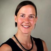 Julia H., 33, Geschäftsführerin