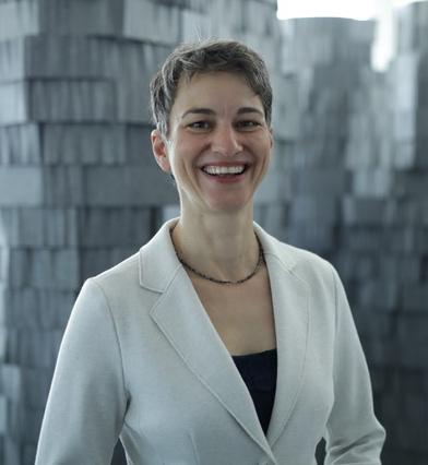 Claudia M., 48, Personal- und Organisationsentwicklung